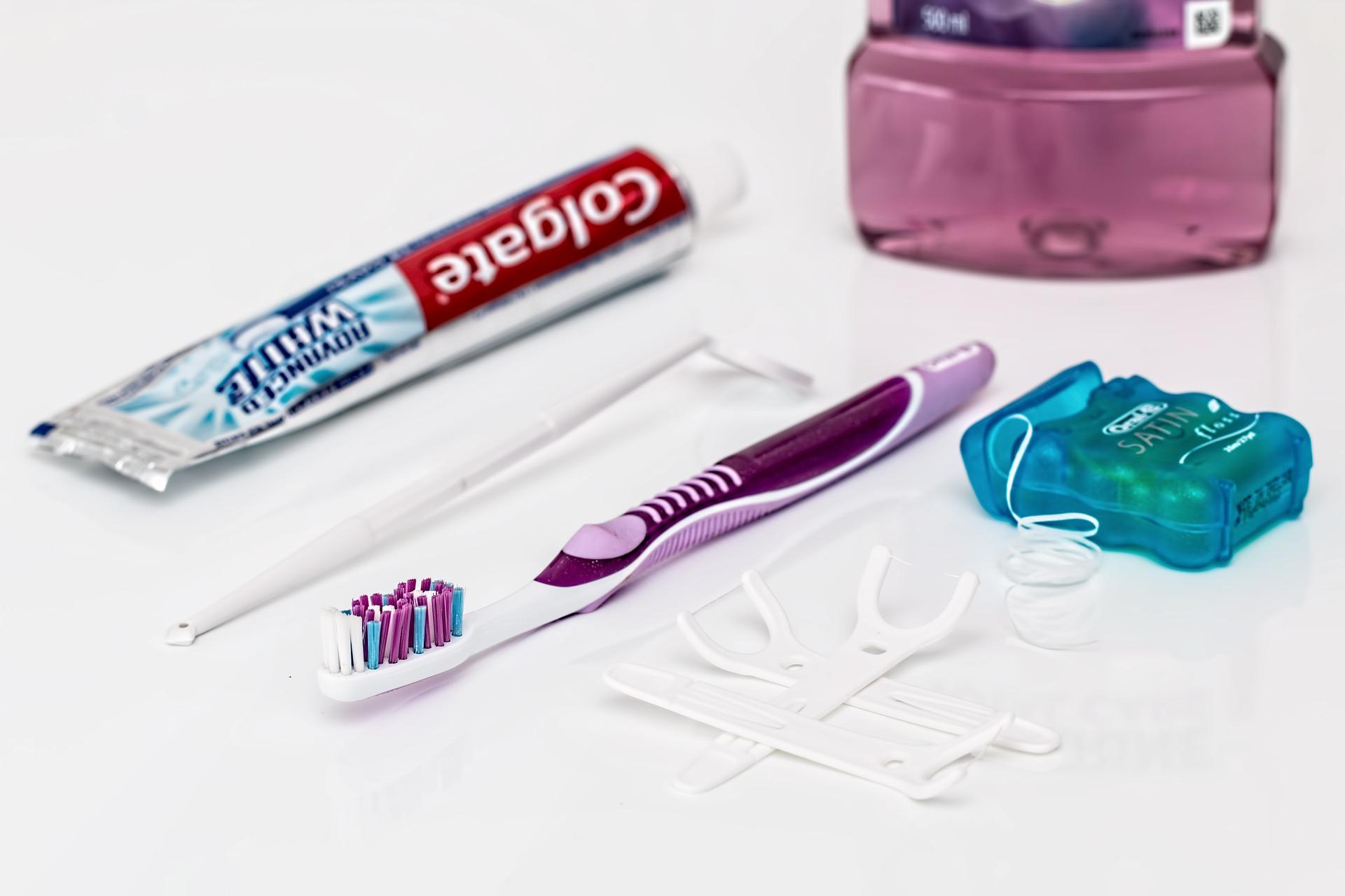 Jangan lupa pake benang gigi - INI alasannya